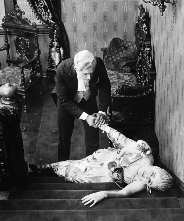 fw-silent-film-still-fainting-granger